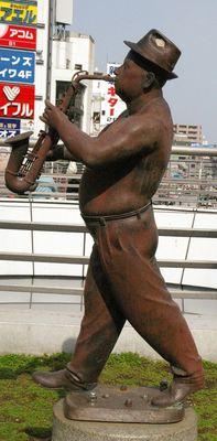 横須賀 像1.jpg